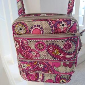 Vera Bradleys crossbody bag